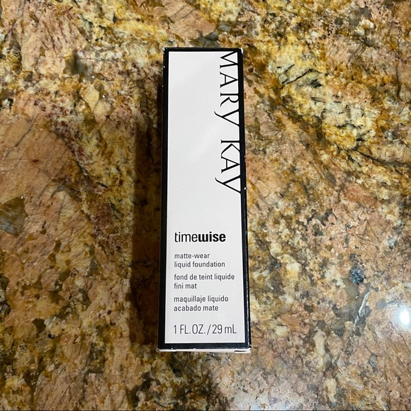 Mary Kay TimeWise Matte-Wear Foundation Bronze 2
